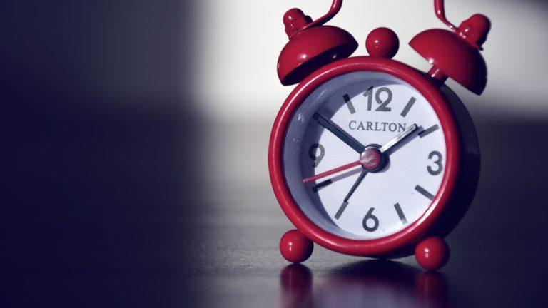 Clock Wallpaper 35 2560x1440 768x432