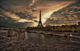 Eiffel Tower Wallpapers 04 2560 x 1600 340x220
