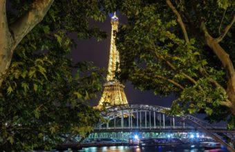 Eiffel Tower Wallpapers 42 1920 x 1263 340x220