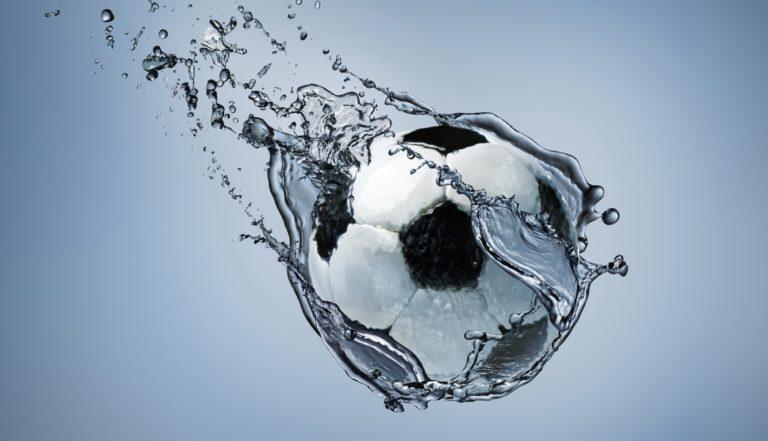 Football Water Splash 1336x768 768x441