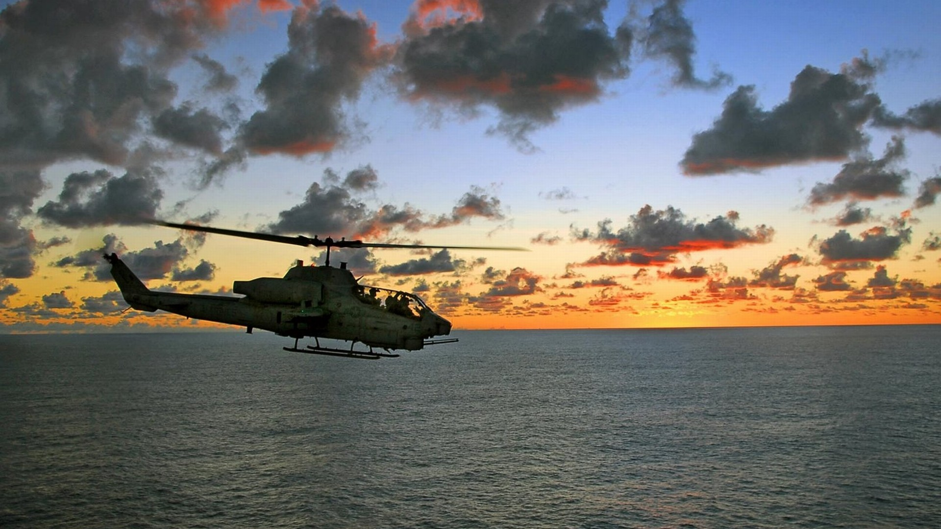 Helicopter Wallpaper 10