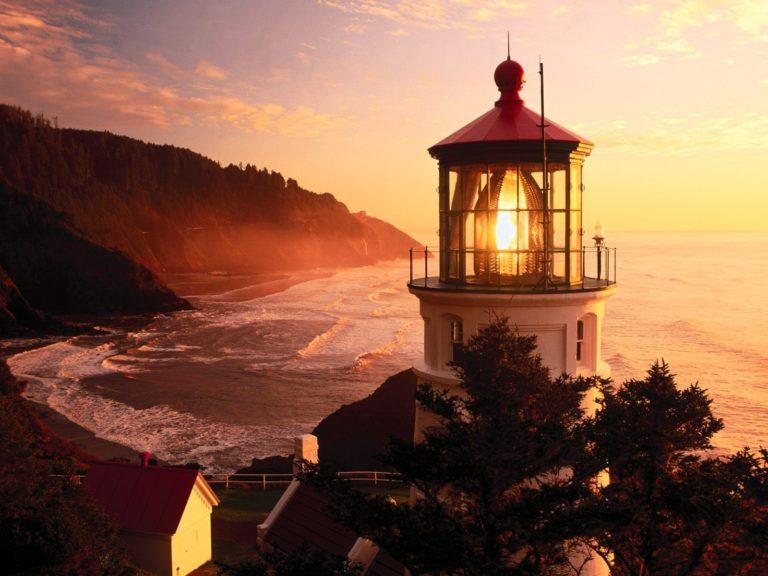 Lighthouse Background 20 1600x1200 768x576