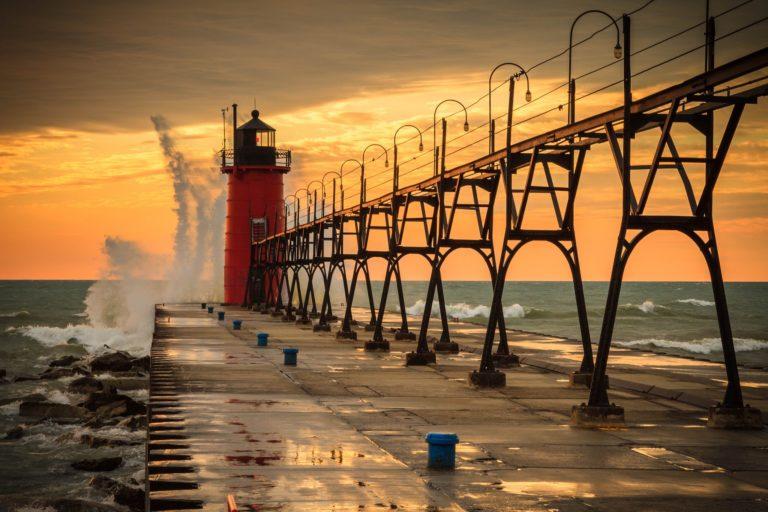 Lighthouse Background 39 2048x1365 768x512