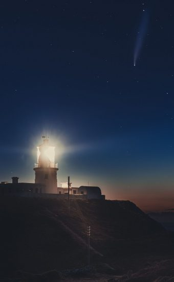 Lighthouse Phone Wallpaper [1080x2340] - 064