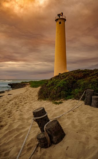 Lighthouse Phone Wallpaper 2333x3500 005 340x550