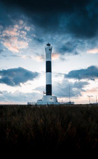 Lighthouse Phone Wallpaper 3264x4896 002 340x550