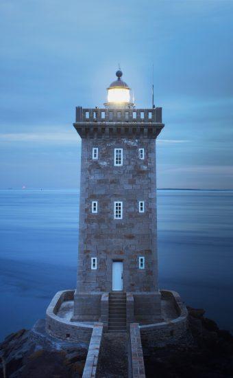 Lighthouse Phone Wallpaper 3302x4133 008 340x550