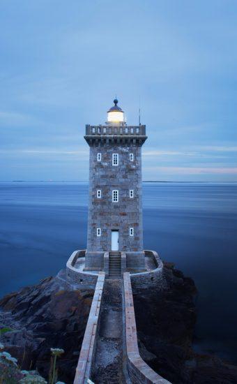 Lighthouse Phone Wallpaper 3904x4880 004 340x550