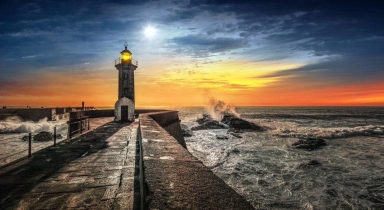 Lighthouse Wallpaper 15 2048x1119 768x420