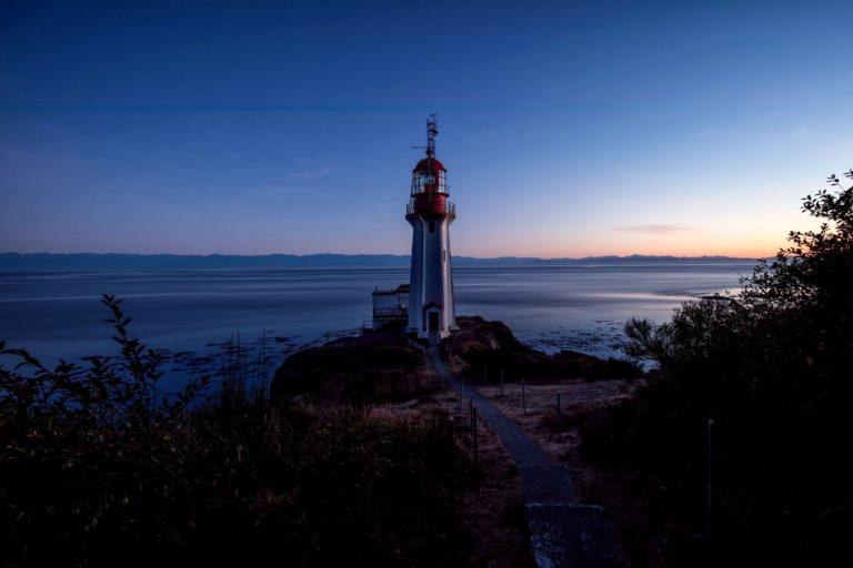 Lighthouse Wallpaper 18 3750x2500 768x512