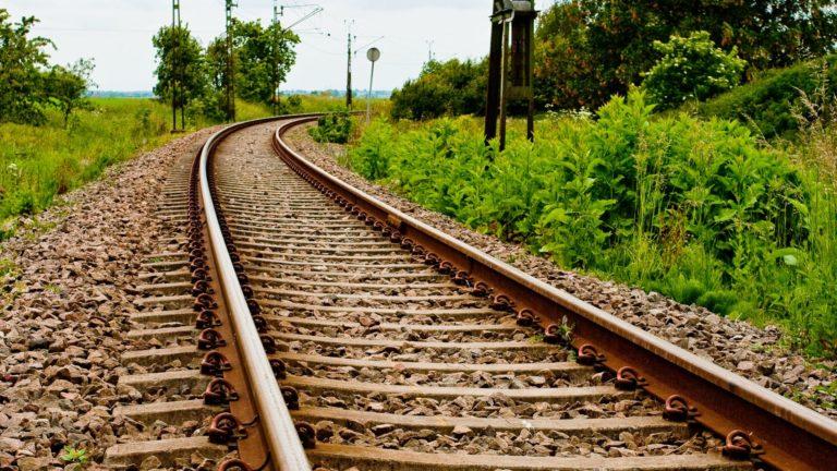 Railroad Background 21 1920x1080 768x432