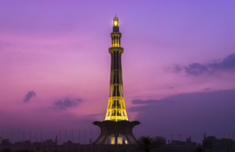 Minar e Pakistan Wallpaper 2 1920x1200 340x220