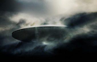 Spaceship Wallpaper 35 1600x1200 340x220