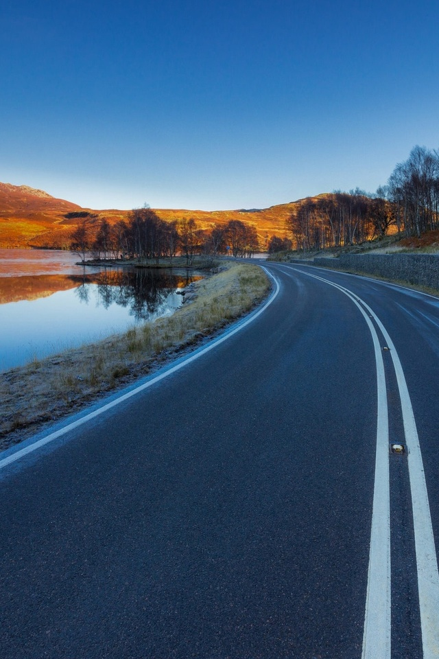 Asphalt Road Landscape 4m Wallpaper 640 x 960