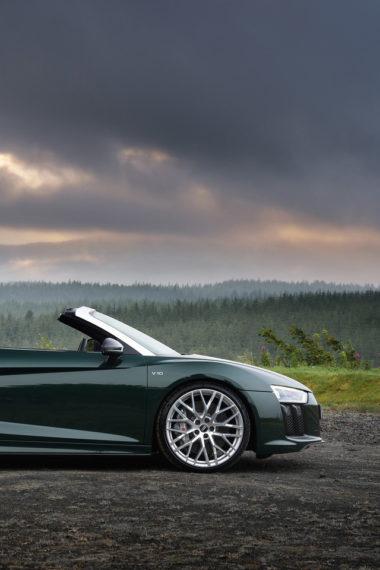 Audi R8 Spyder V10 Plus Side View 2017 Zl Wallpaper 640 x 960 380x570