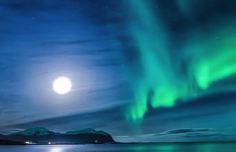 Aurora Borealis Moon Night Ce Wallpaper 640 x 960 340x220