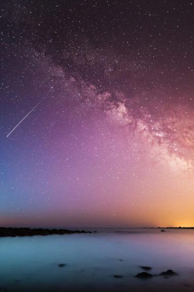 Falling Universe Galaxy Beautiful Light Leaks B1 Wallpaper 640 x 960 380x570
