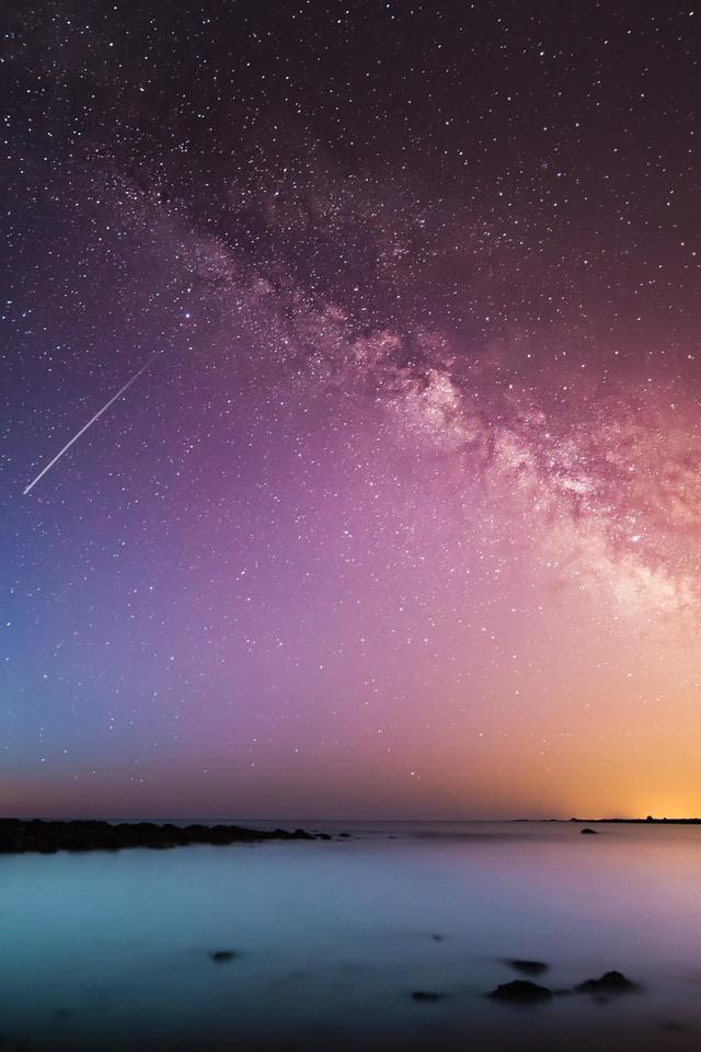 Falling Universe Galaxy Beautiful Light Leaks B1 Wallpaper 640 x 960