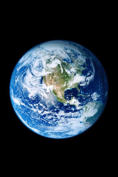 Ios 11 Earth Uw Wallpaper 640 x 960 380x570
