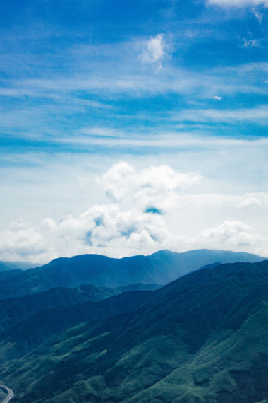 Mountains Peaks Clouds 9d Wallpaper 640 x 960 380x570