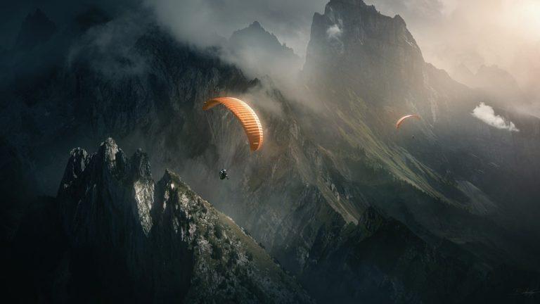 Parachuting Unbeliveable View 1920x1080 768x432