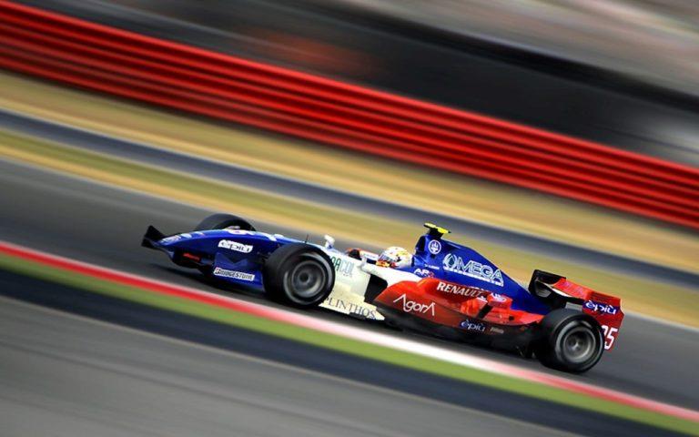 Racing Track 1280x800 768x480