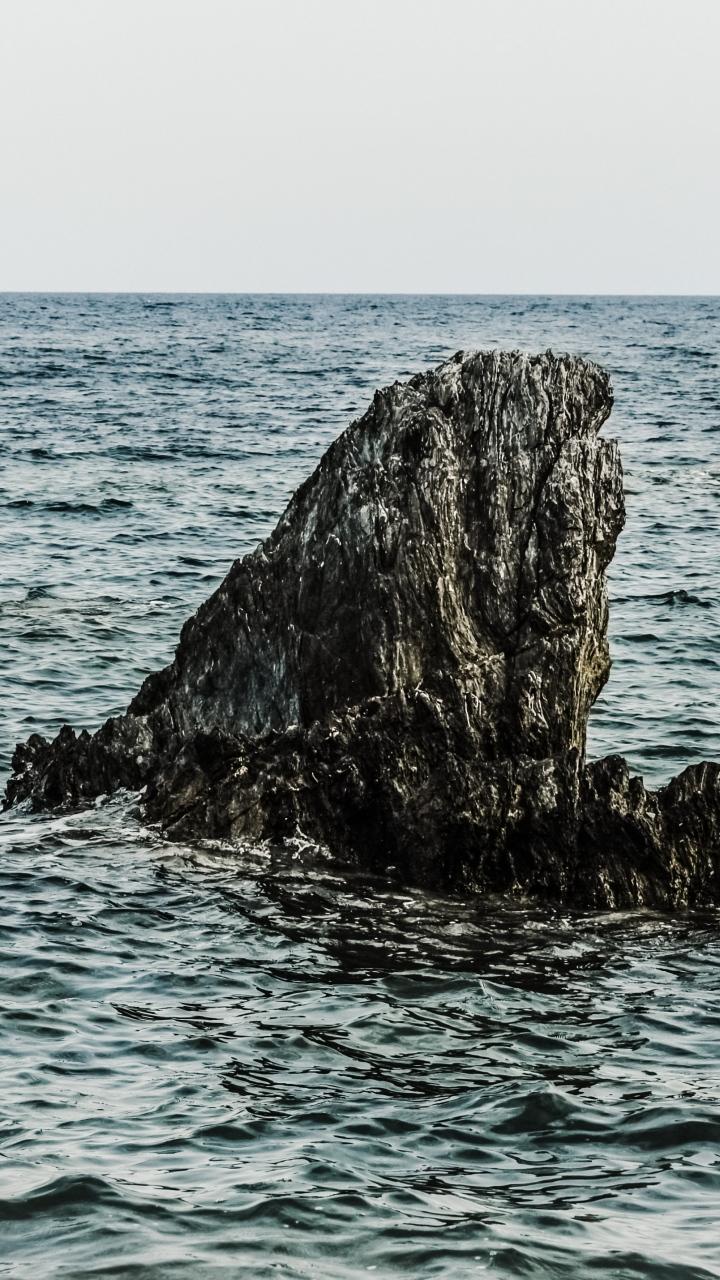 Cliff Sea Sky Wallpaper 720x1280