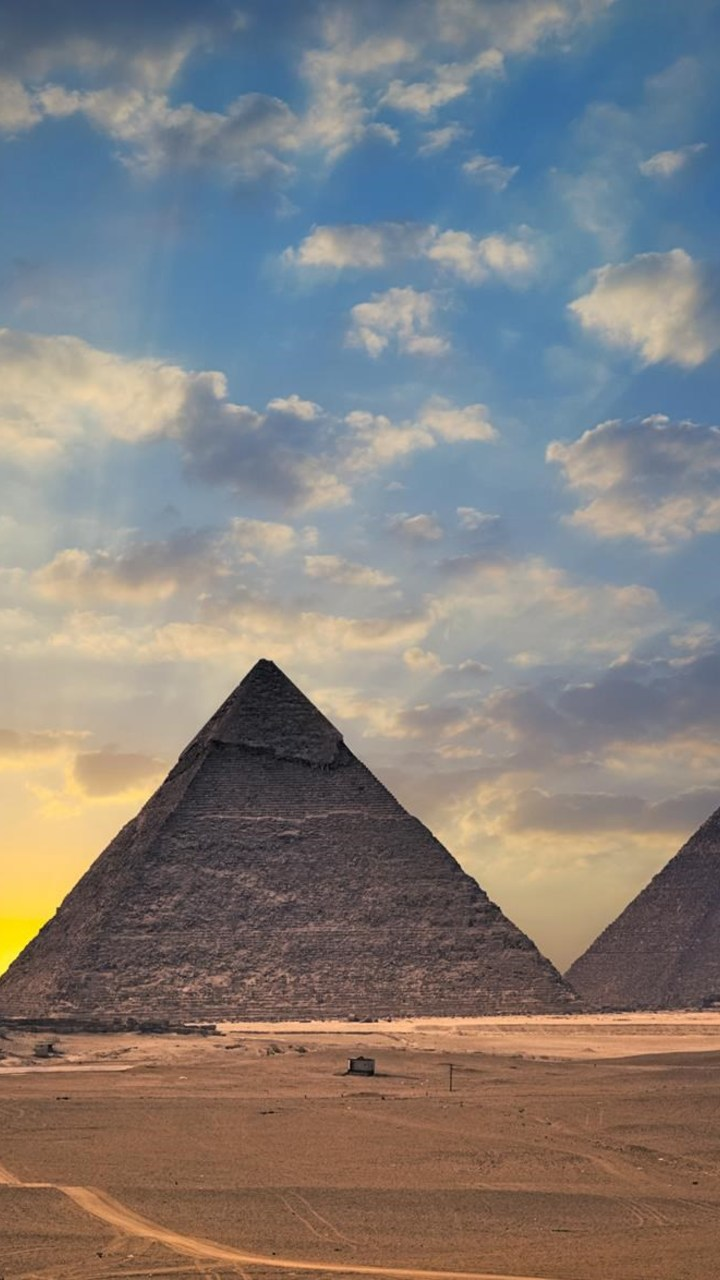 Egypt Pyramids Wallpaper 720x1280