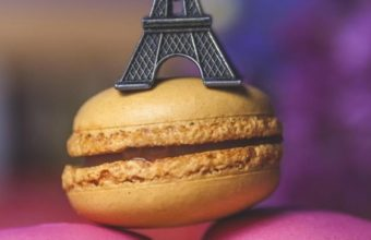 Eiffel Tower Cookies Art Wallpaper 720x1280 340x220