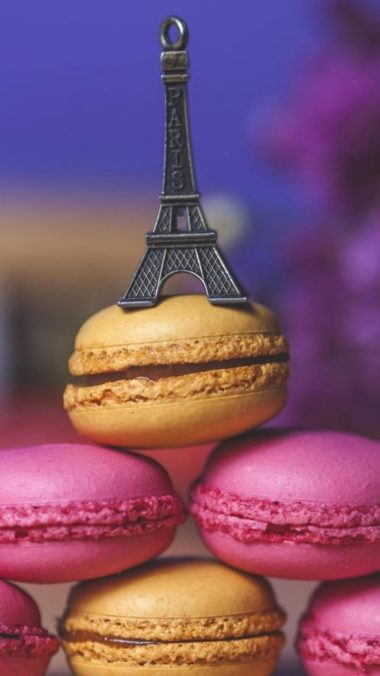 Eiffel Tower Cookies Art Wallpaper 720x1280 380x676