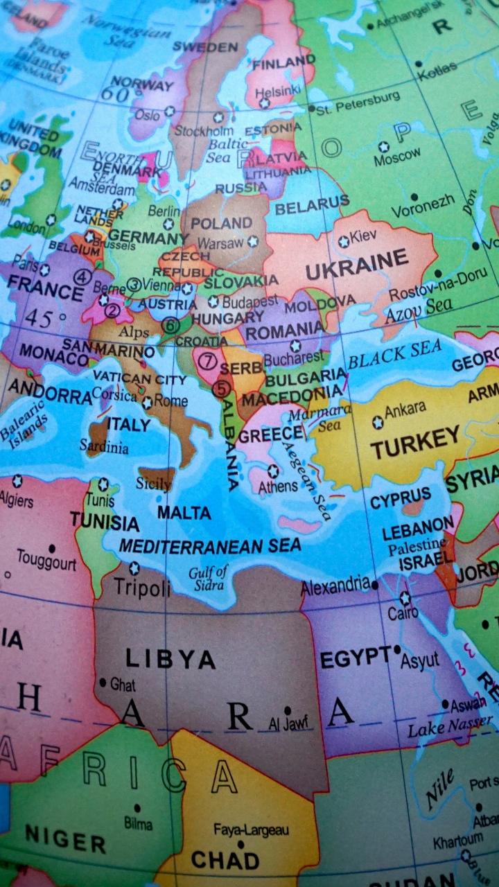 Globe Map Countries Wallpaper 720x1280