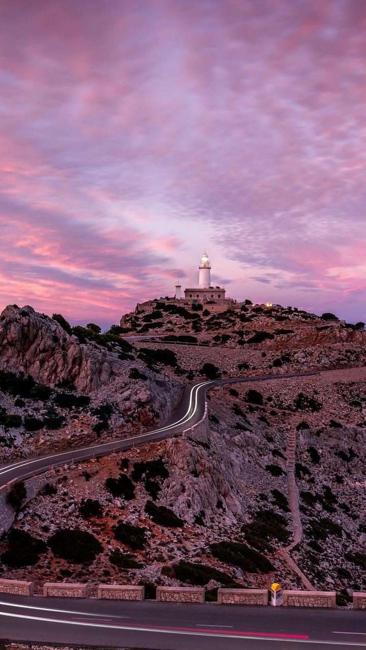 Lighthouse On Hillside Road 41 Wallpaper 720x1280