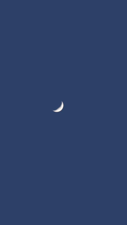 Moon Minimalism Pic Wallpaper 2160x3840 768x1365