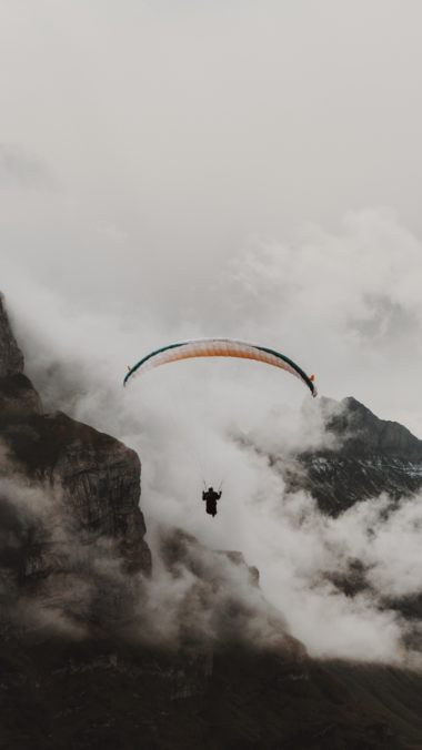 Paraglider Parachute Flying Wallpaper 720x1280 380x676