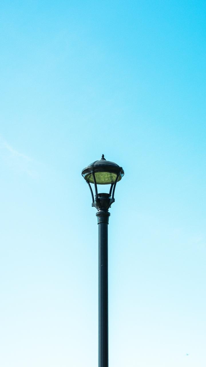 Pillar Sky Minimalism Wallpaper 720x1280