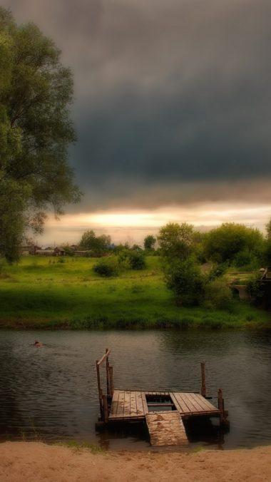River Sun Grass Hdr 380x676