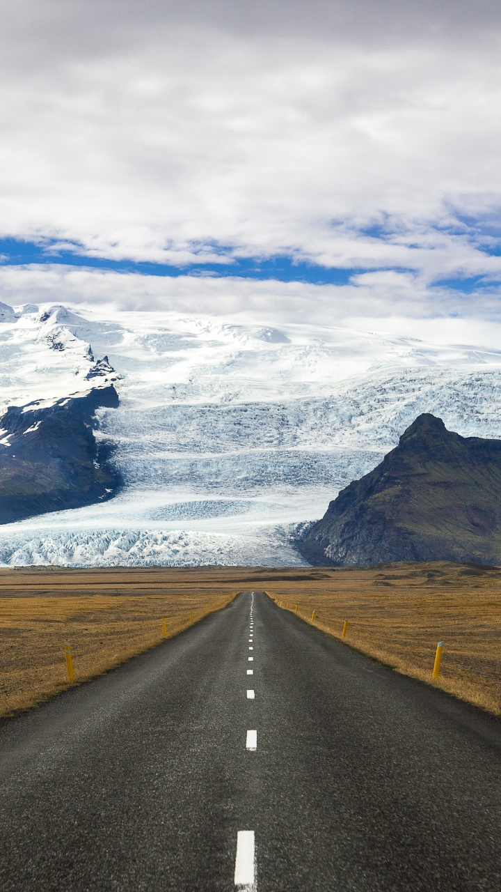 Road Marking Mountains Wallpaper 720x1280
