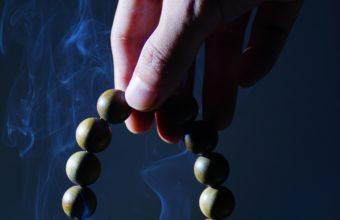 Rosary Hand Smoke Wallpaper 2160x3840 340x220