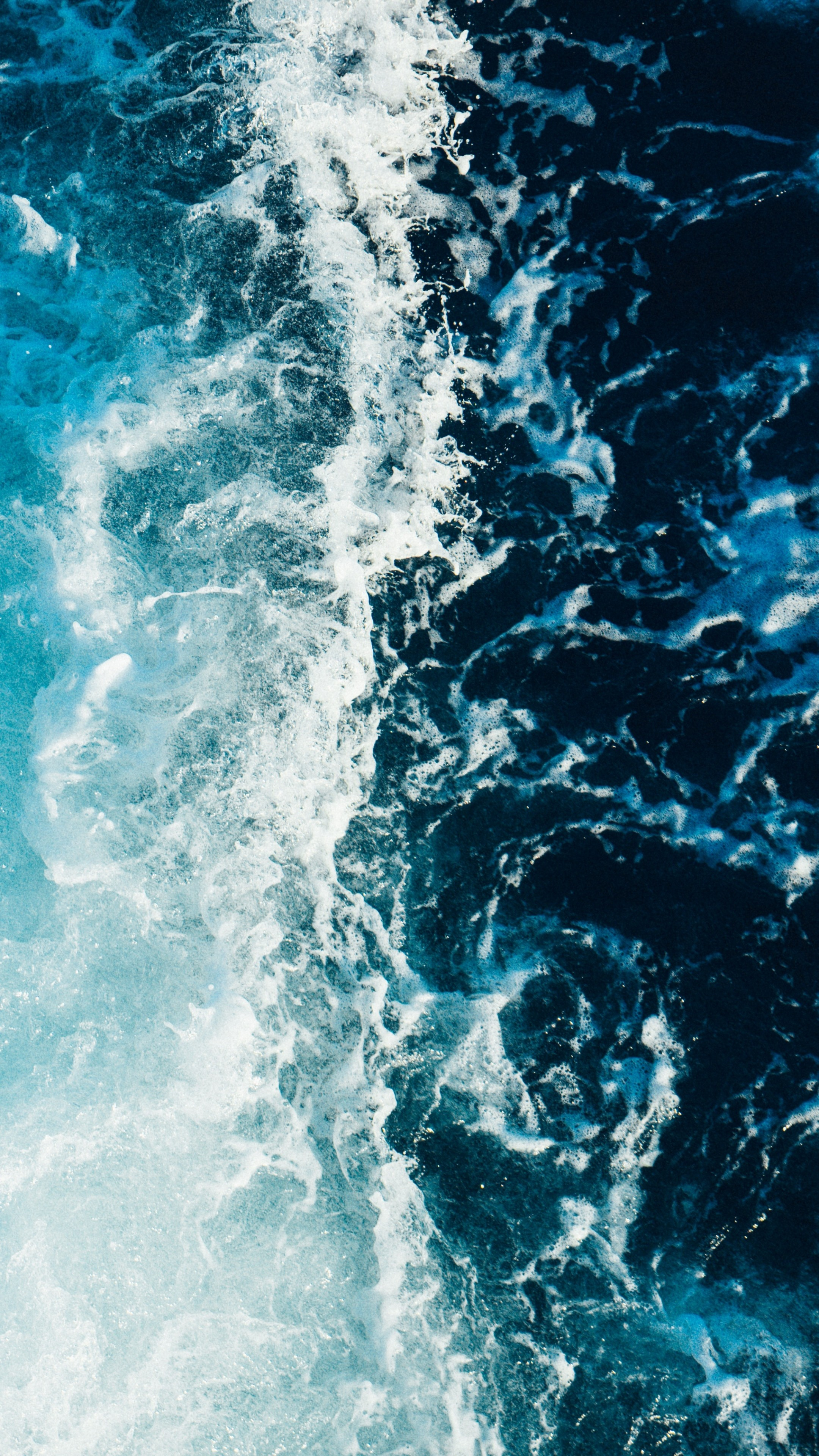 Sea Foam Surf Wallpaper 2160x3840