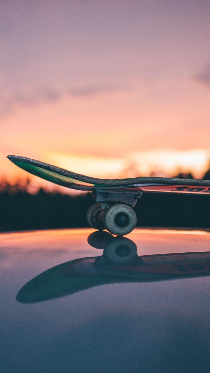 Skateboard Sunset Sky Wallpaper 720x1280