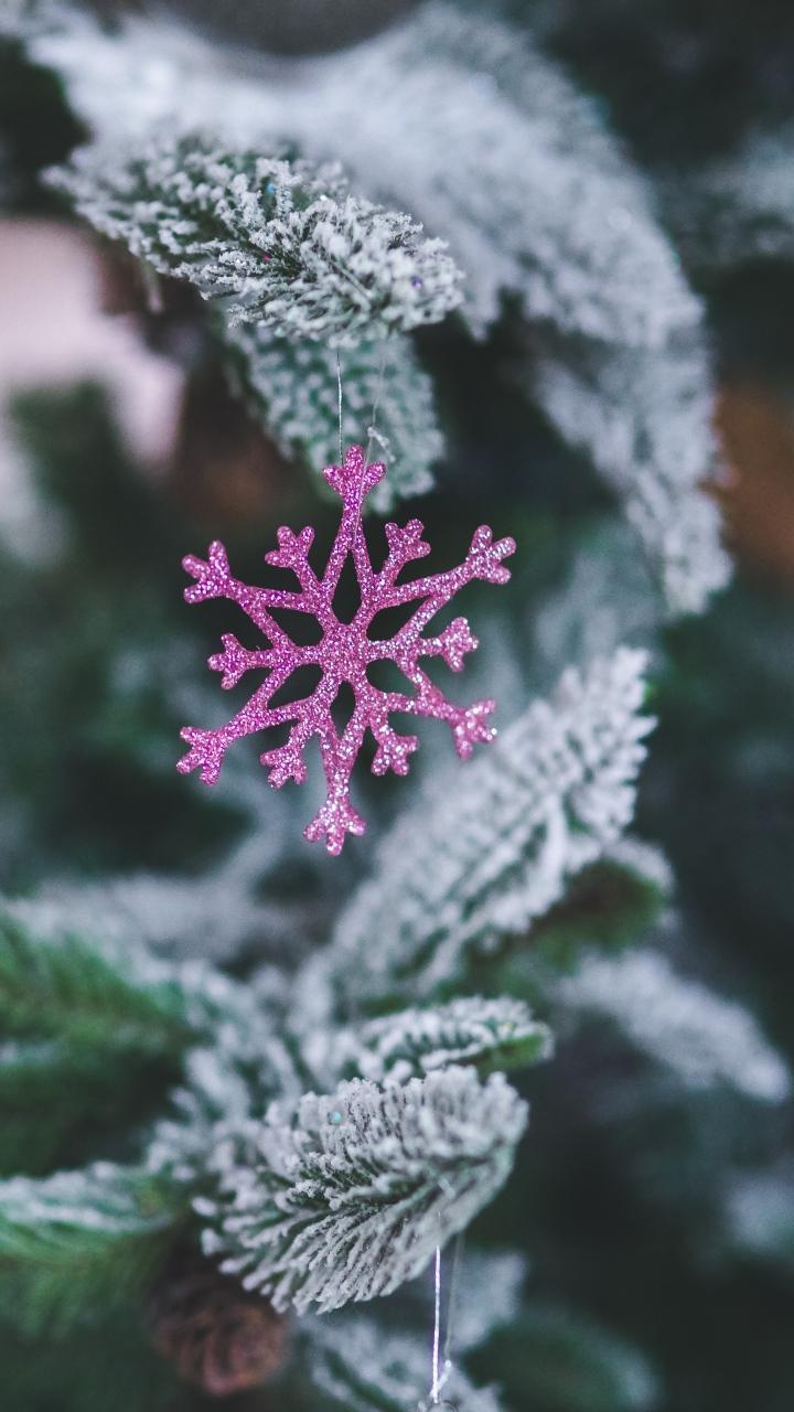 Snowflake Christmas Decoration Spruce Wallpaper 720x1280