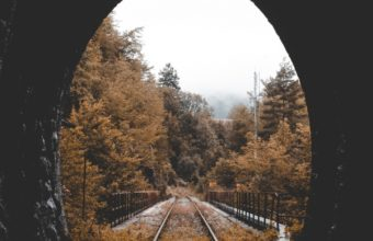 Tunnel Railway Autumn Wallpaper 720x1280 340x220
