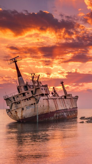 Wrecked Ship Rt Wallpaper 2160x3840 380x676