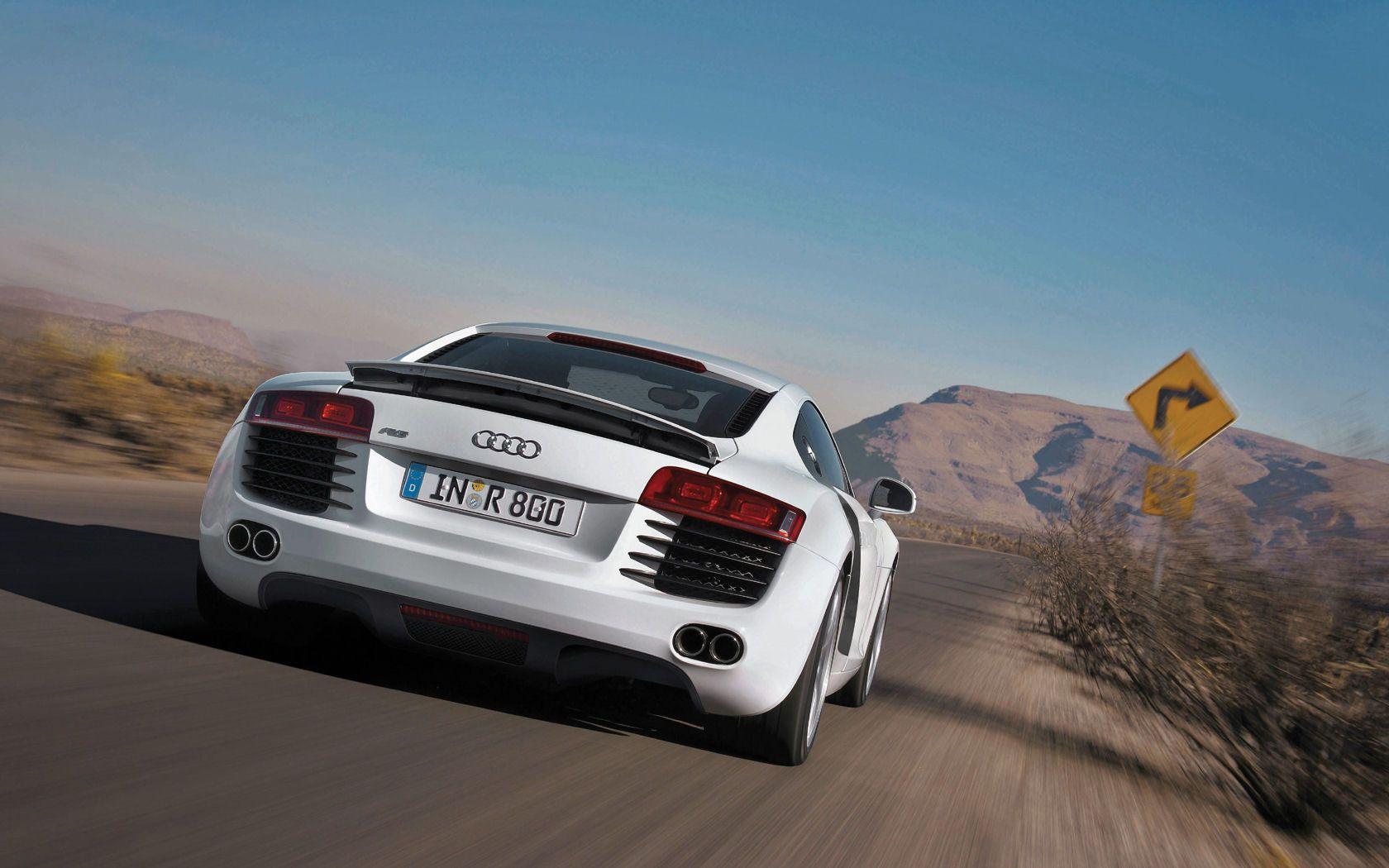 Audi R8 Desktop Wallpaper 12