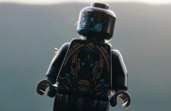 Robot Toy Close Up Wallpaper 1440x2560 340x220