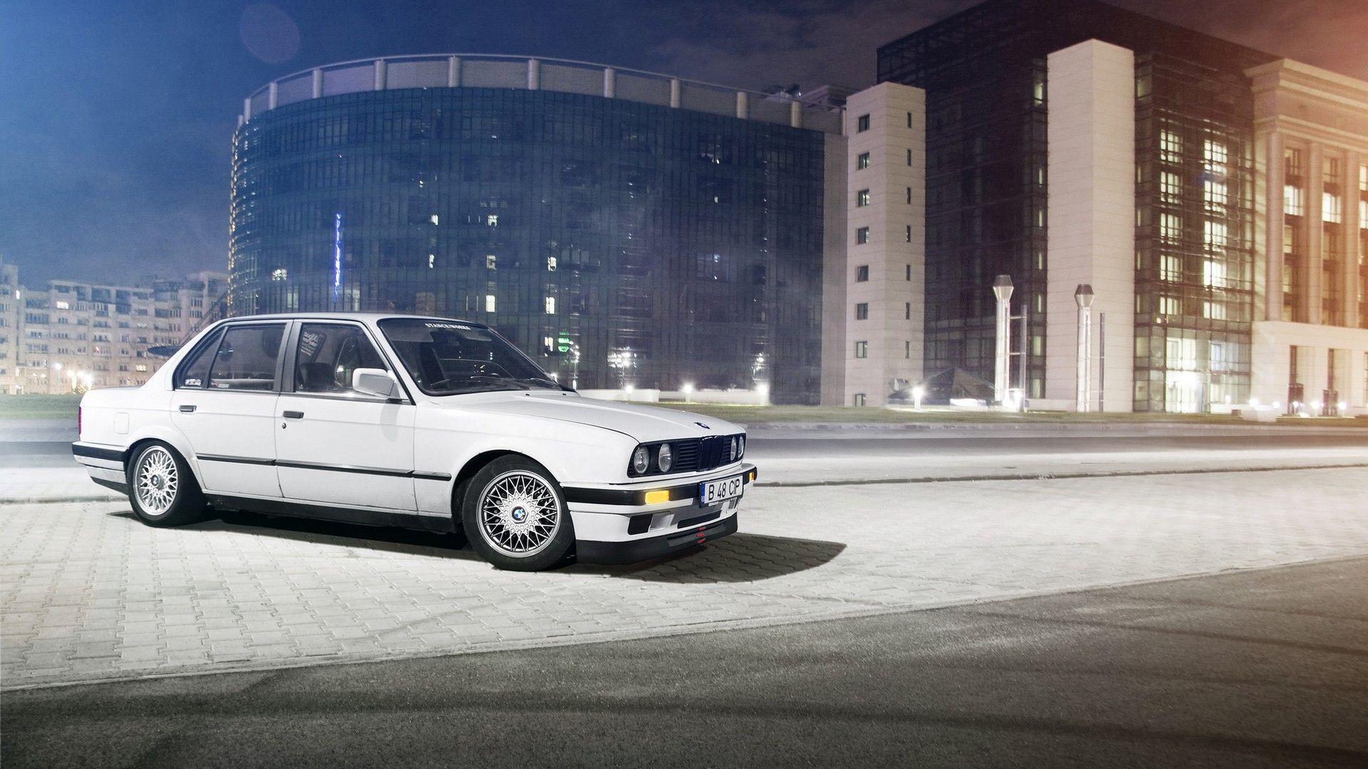 BMW E30 Wallpaper 03