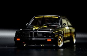 BMW E30 Wallpaper 10 1680x1050 1 340x220