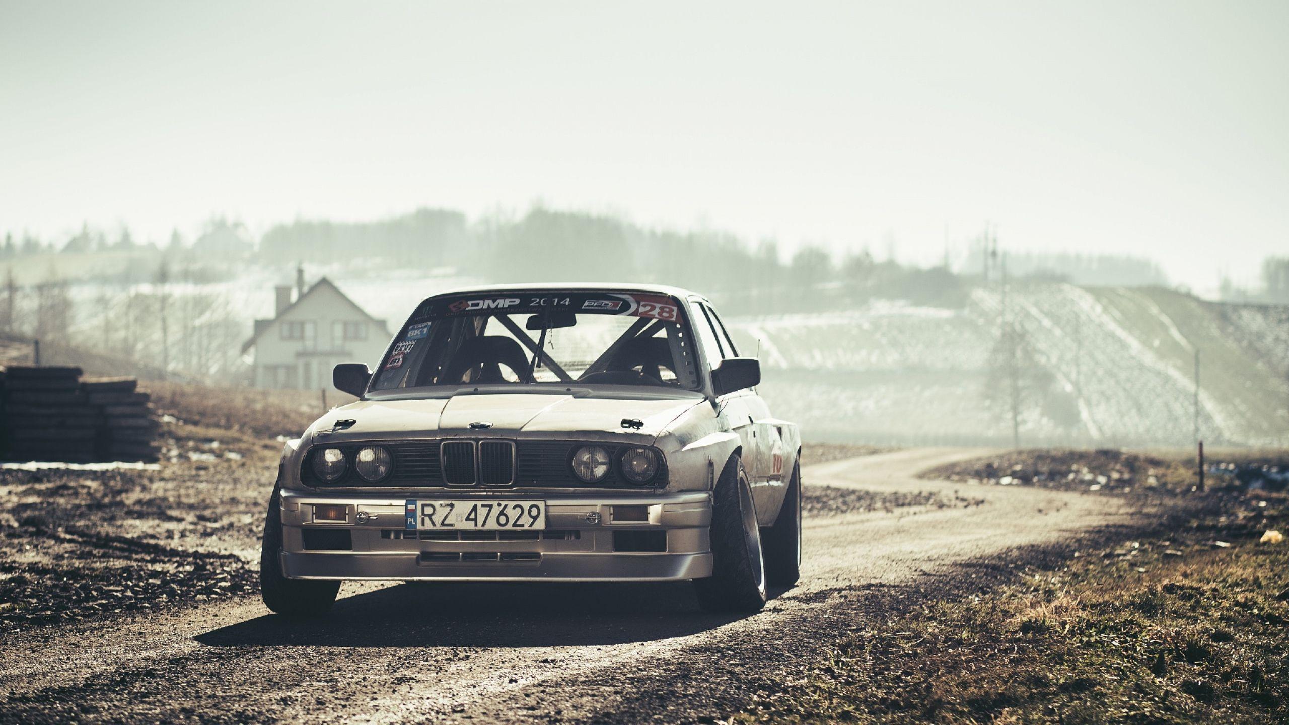 BMW E30 Wallpaper 11