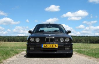 BMW E30 Wallpaper 24 1680x1050 340x220