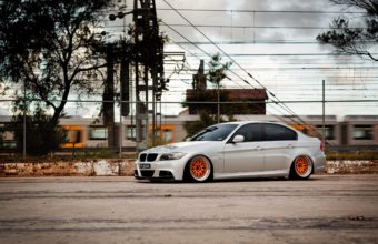BMW E90 Wallpaper 19 2560x1600 340x220